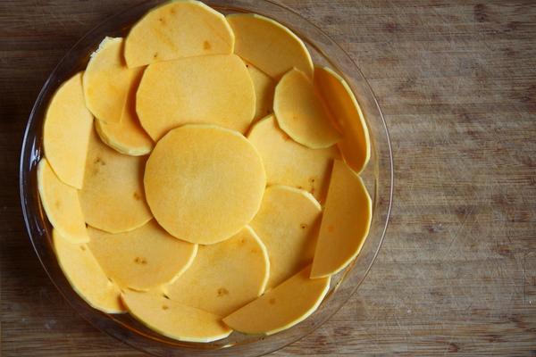gluten free butternut quiche crust (1)