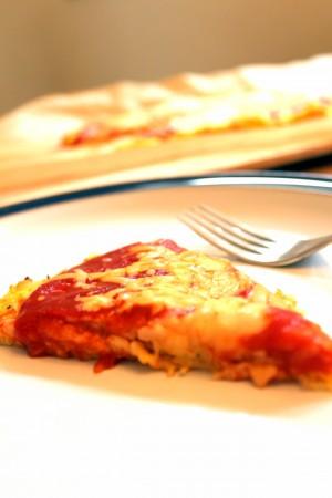 spaghetti squash pizza crust slice