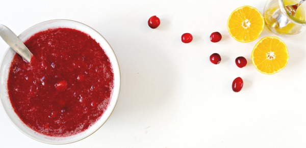 cranberry-sauce-made-in-the-slow-cooker
