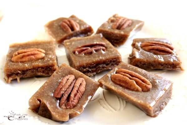 easy-pecan-pie-fudge