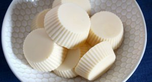 Homemade Lotion Bars made with Beeswax and Shea Butter