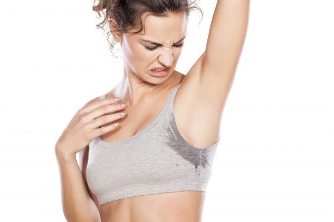 sweat urine and breath stink from ketones